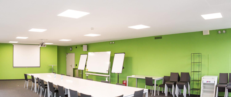 LED Umfeldbeleuchtung in Büroräumlichkeiten